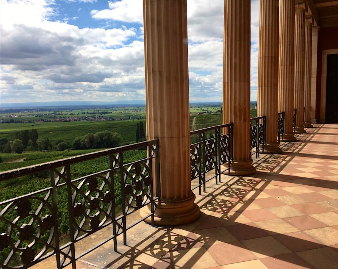 Blick vom Balkon d. Schloss Villa Ludwigshöhe in der Pfalz bei Edenkoben 15.07.2017 | Foto: Schnuppe von Gwinner