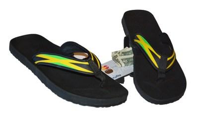 reef-stash-flip-flops-jamaican-flag-style