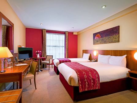 central-hotel-tullamore-twin-room
