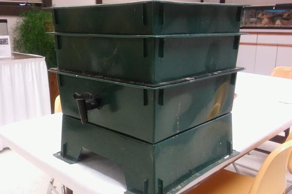 """Stackable worm bin, complete with spigot for """"worm tea"""""""