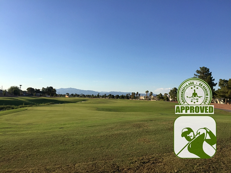 The Club at Sunrise Golf Course Review Las Vegas Nevada - Hole 17 view from fairway