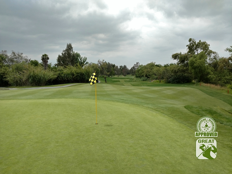Goose Creek Golf Club Mira Loma California GK Review Guru Visit - Hole 2 Green-side