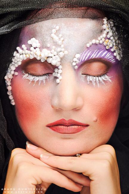 Fotografie portret closeup cu un machiaj realizat de makeup artist Ioana Iordache