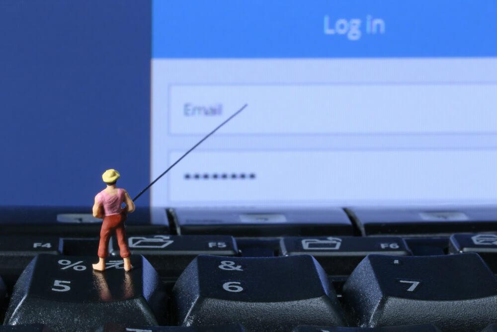 LogoKit phishing kit allows creating phishing pages in real time