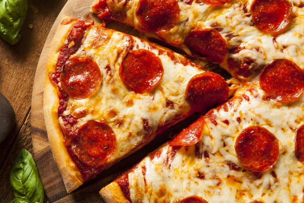 Host a Little Caesars fundraiser to enjoy cheesy pepperoni pizza while raising some dough