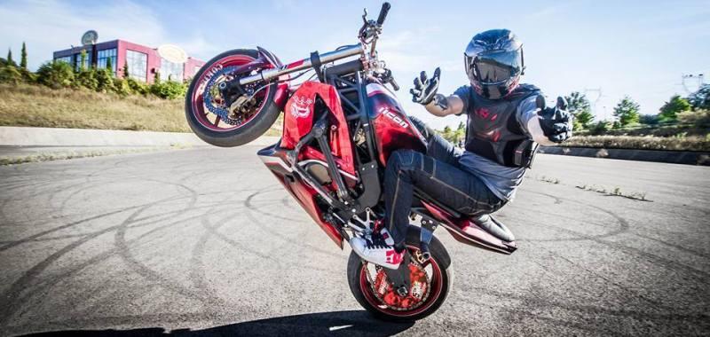 GS27 Partenaire de Cokille Stunt Rider