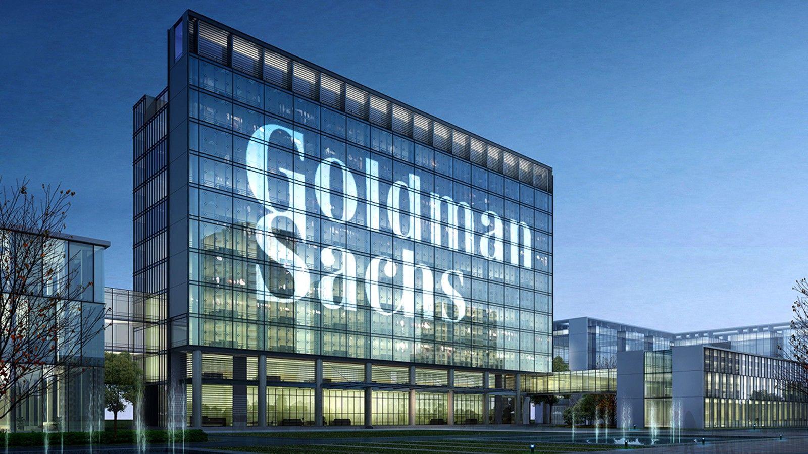 Explore a new career path with Goldman Sachs Returnship® Program!
