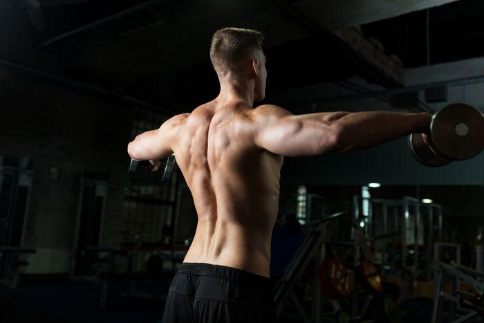 build stronger shoulders