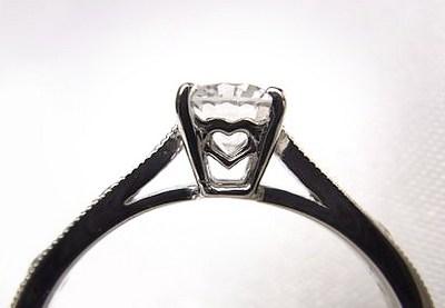 お母様の立爪ダイヤをご婚約指輪へリフォーム【神戸 元町】