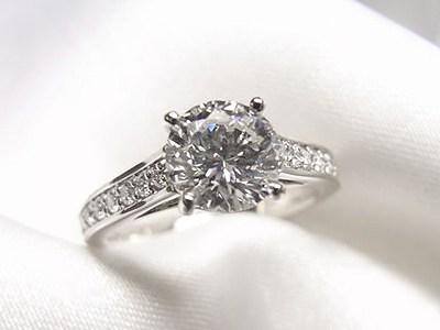 1ctダイヤモンドリングとサファイアペンダントのリフォーム【神戸 元町】