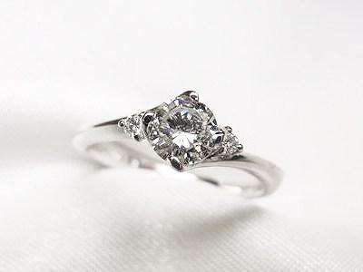お母様の0.38ctダイヤモンドをご婚約指輪へリフォーム【神戸 元町】