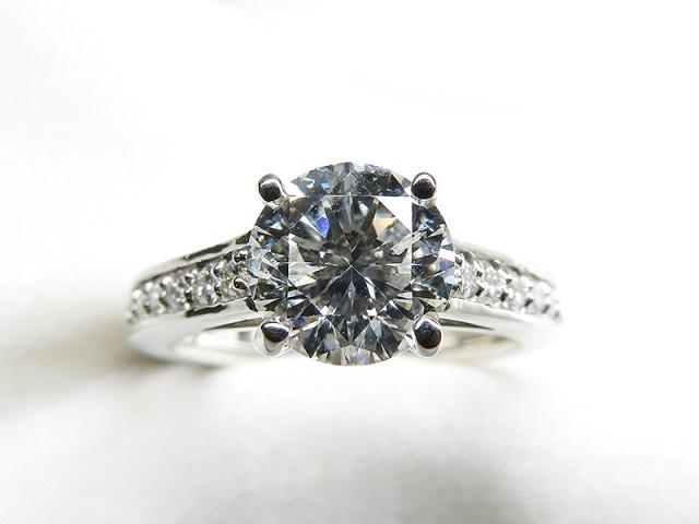 お母様のご遺品リフォーム*1.4ctダイヤモンドリング