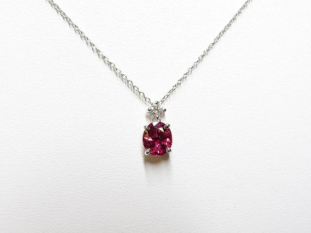 ルビーと真珠を贈り物としてリフォーム