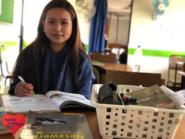 Manita im Deutschkurs am Goethe-Zentrum in Kathmandu.