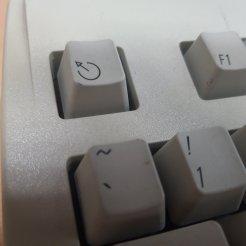 ESC 버튼 문양