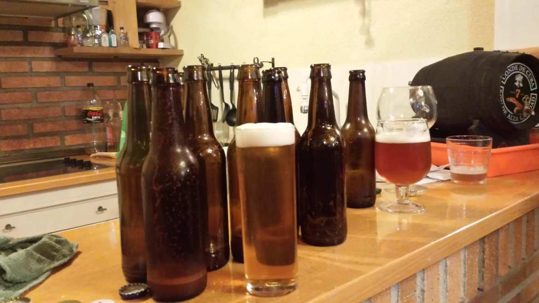 Unas cuantas cervezas ya acabadas