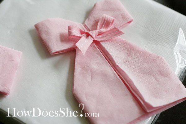 Diy Decoration Pliage De Serviette Robe Pour Babyshower Bapteme Ou Anniversaire Happy Chantilly