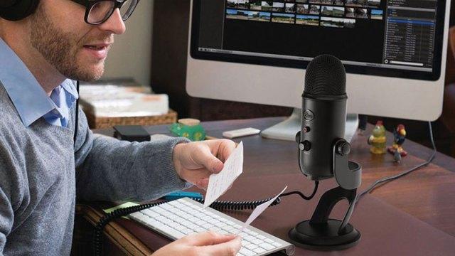Blu mic being used