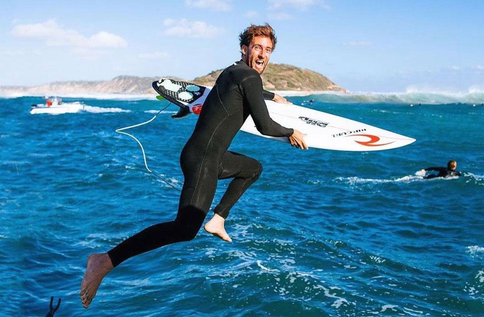 equipamentos para surf wetsuit