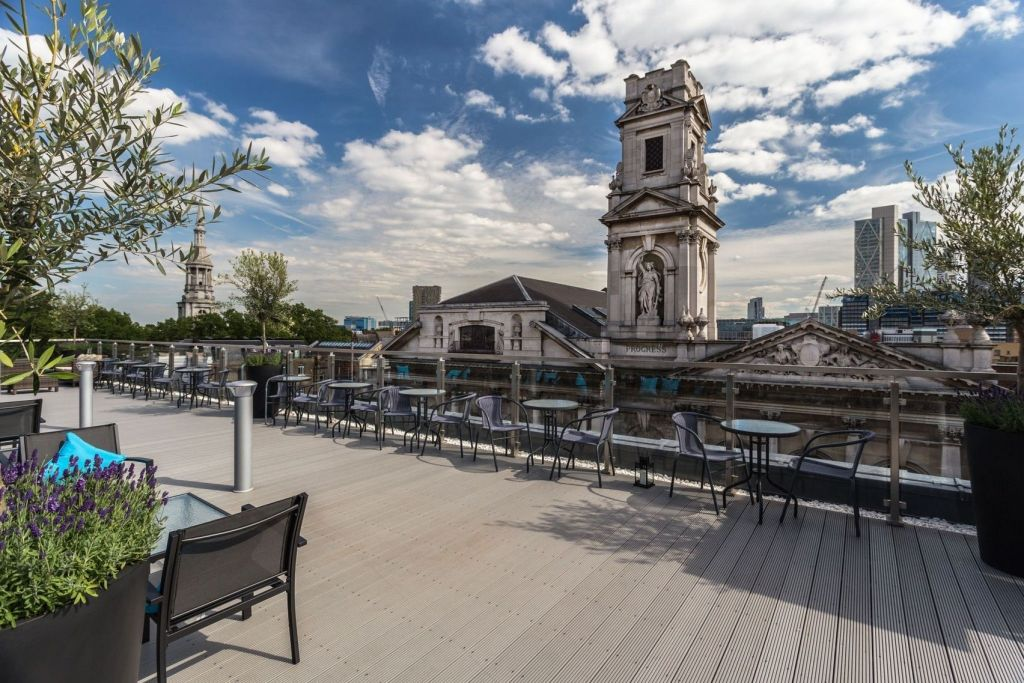 London hotel roof terrace at The Courthouse