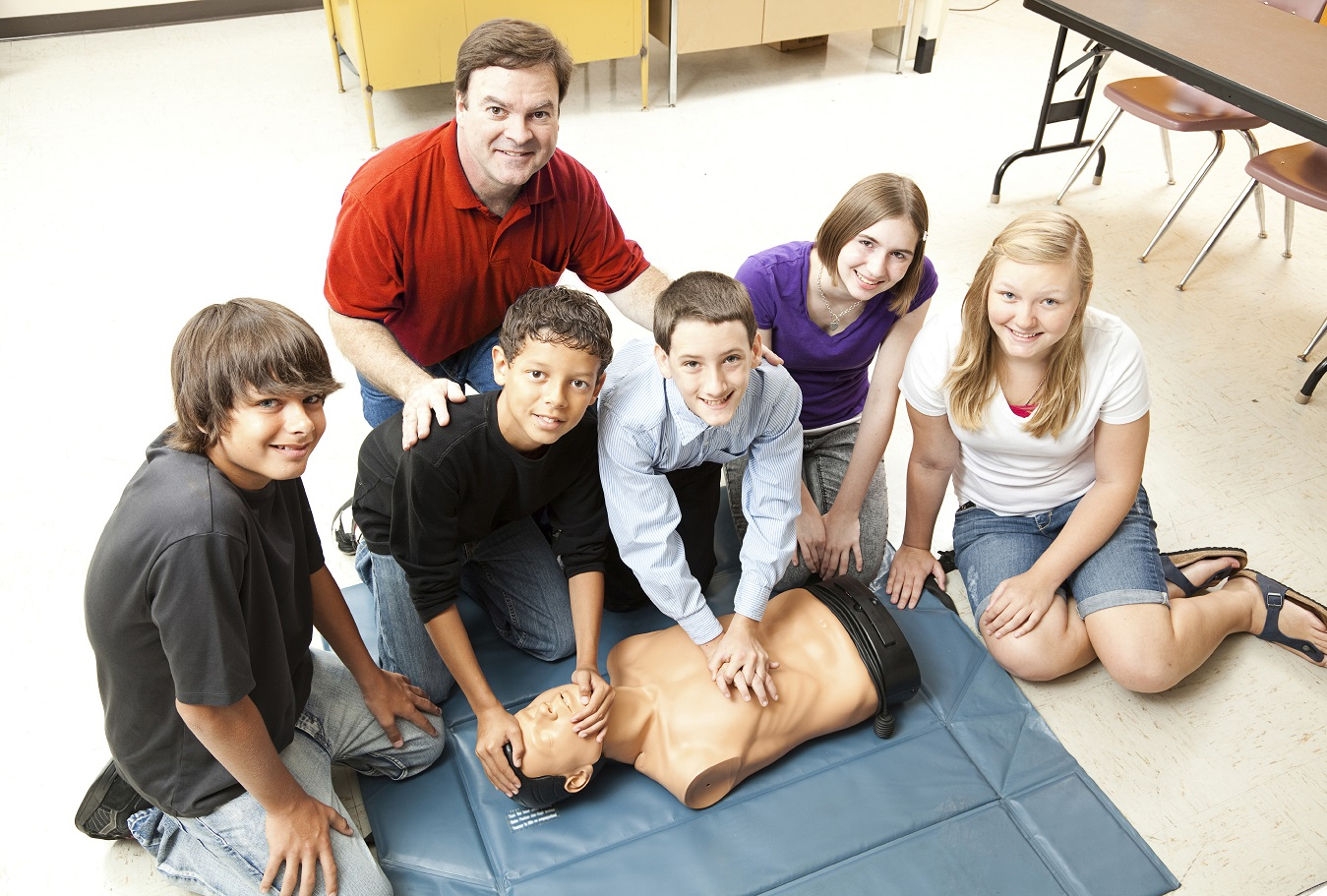 Indiana Students Receive Cpr In Schools Kits For Training
