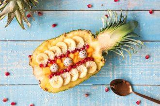 Ananas-smoothie bowl
