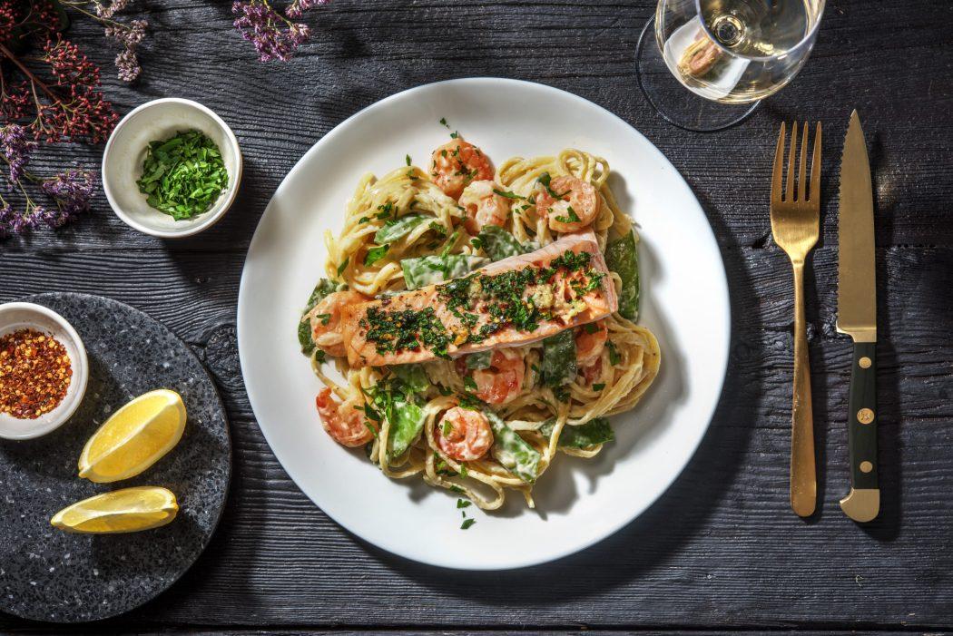 seafood alfredo linguine pasta date night