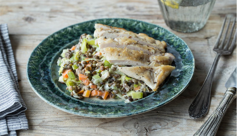 pan fried chicken with lentils and vegetables recipe