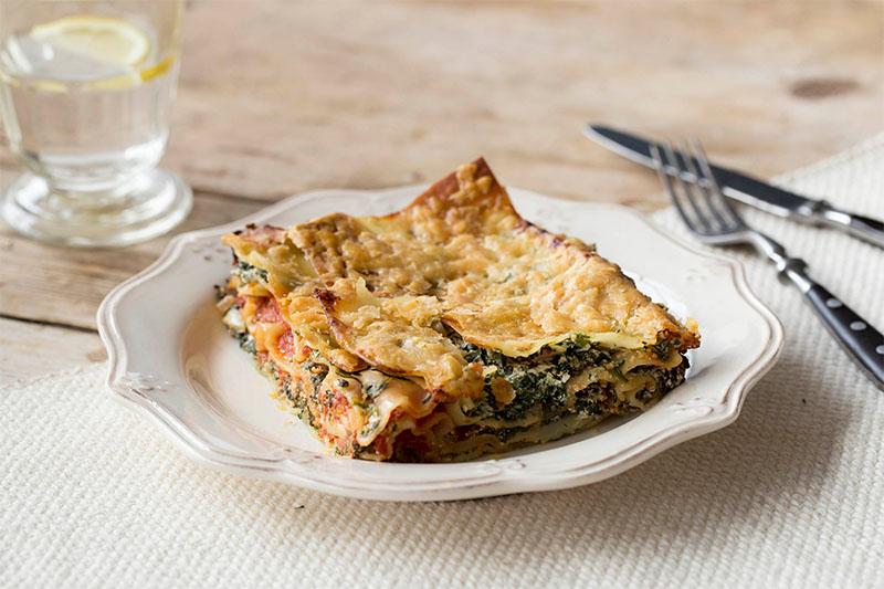spinach and ricotta lasagna - vegetarian