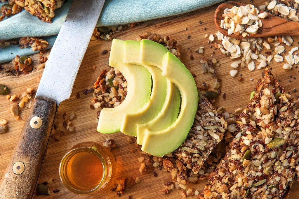 Brot selber backen: Steffis Energiebrot: Brot mit Avocado