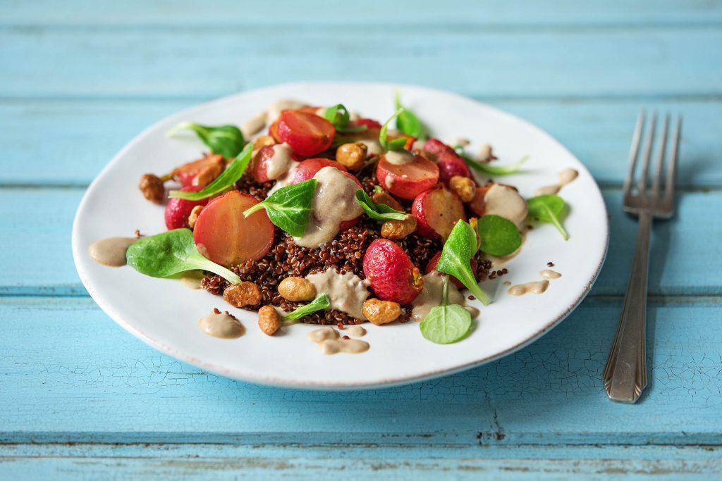 Geröstete Radiesli mit rotem Quinoa