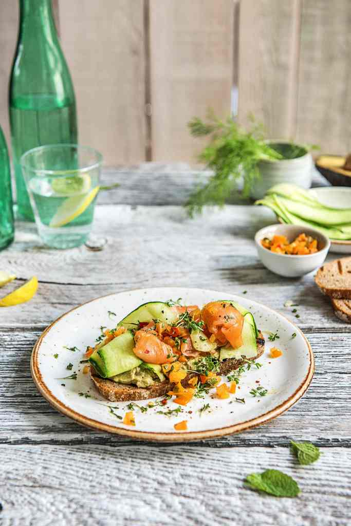 how to serve smoked salmon-avocado-toast-cucumber-herbs-recipe-HelloFresh