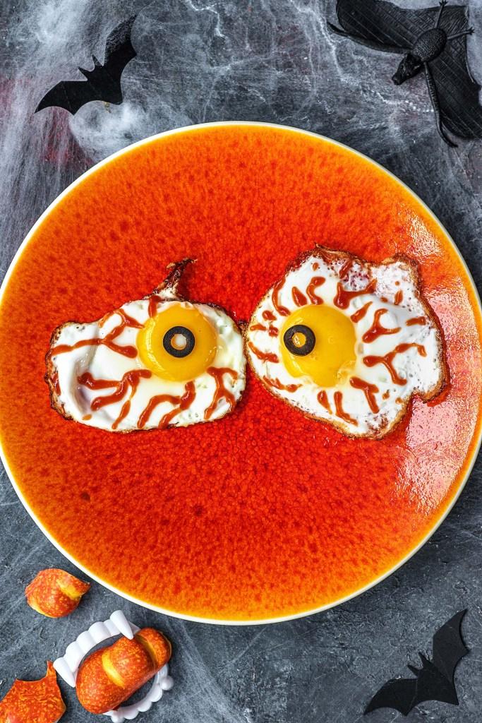easy egg recipes-Halloween-HelloFresh-eyeball-eggs