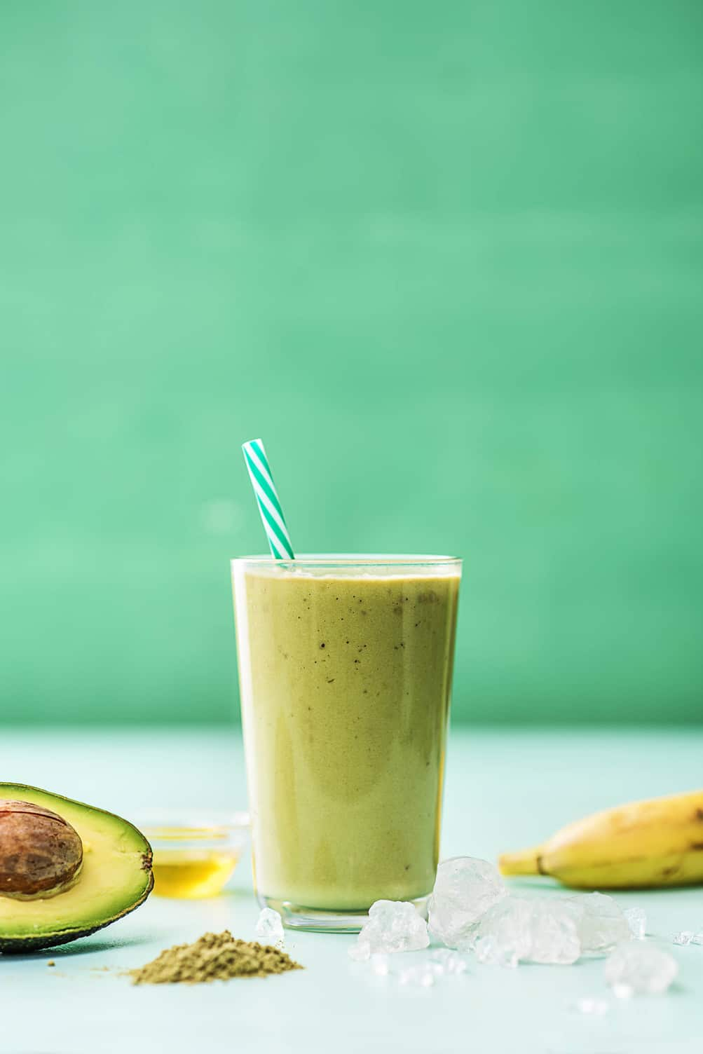green smoothies-HelloFresh-avocado