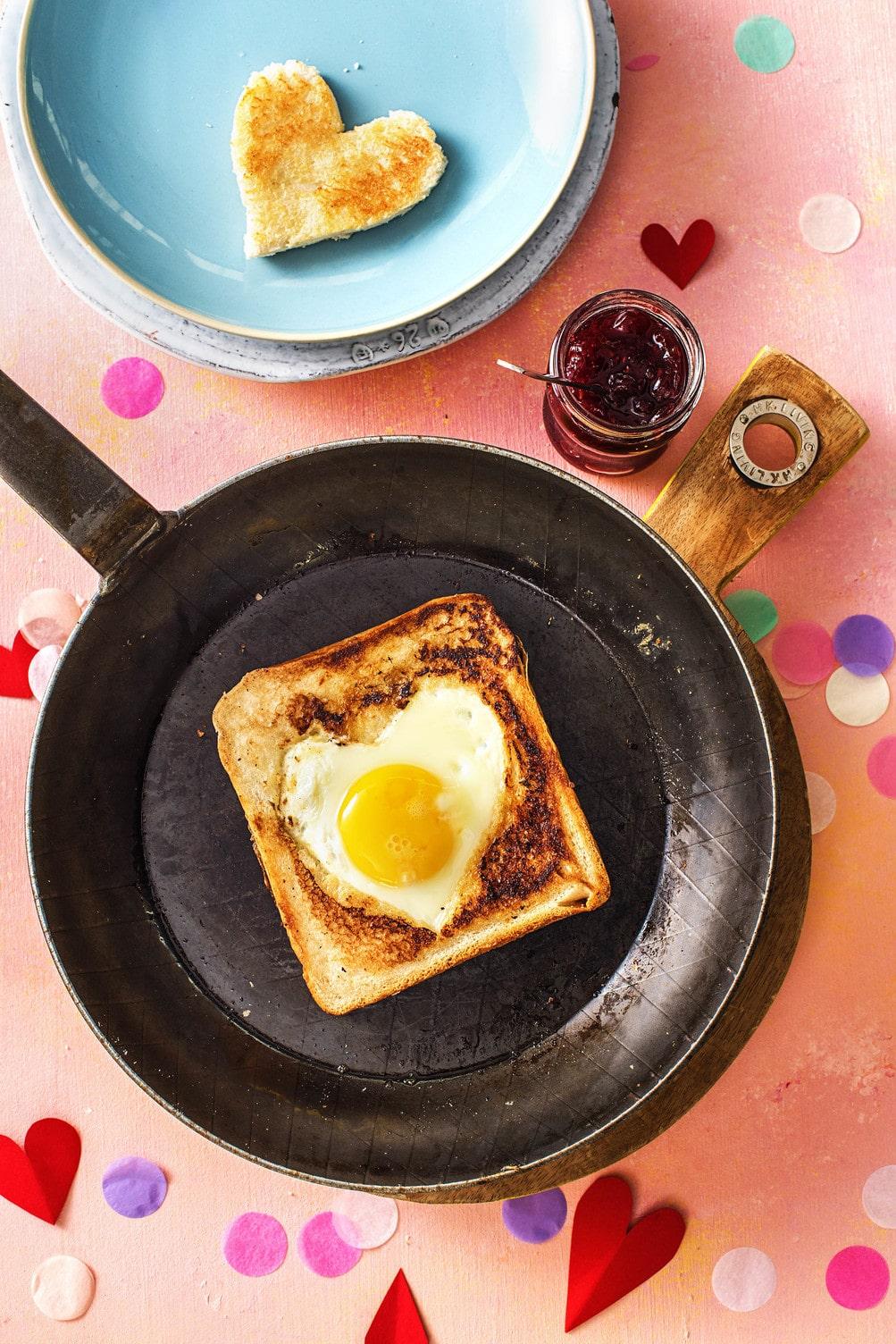 valentine's day breakfast ideas-HelloFresh-egg