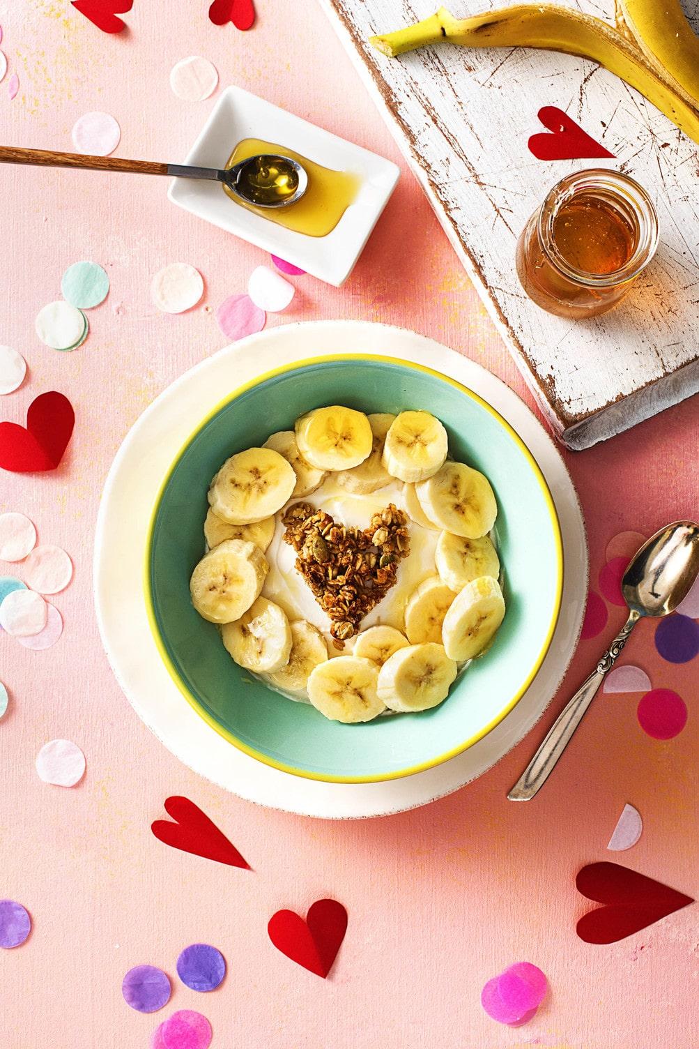 valentine's day breakfast ideas-HelloFresh-granola
