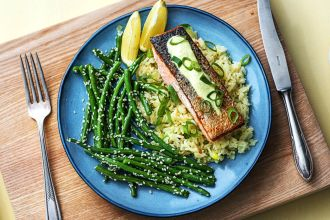 how to cook fish-HelloFresh-guide-salmon-shrimp-tilapia-scallions