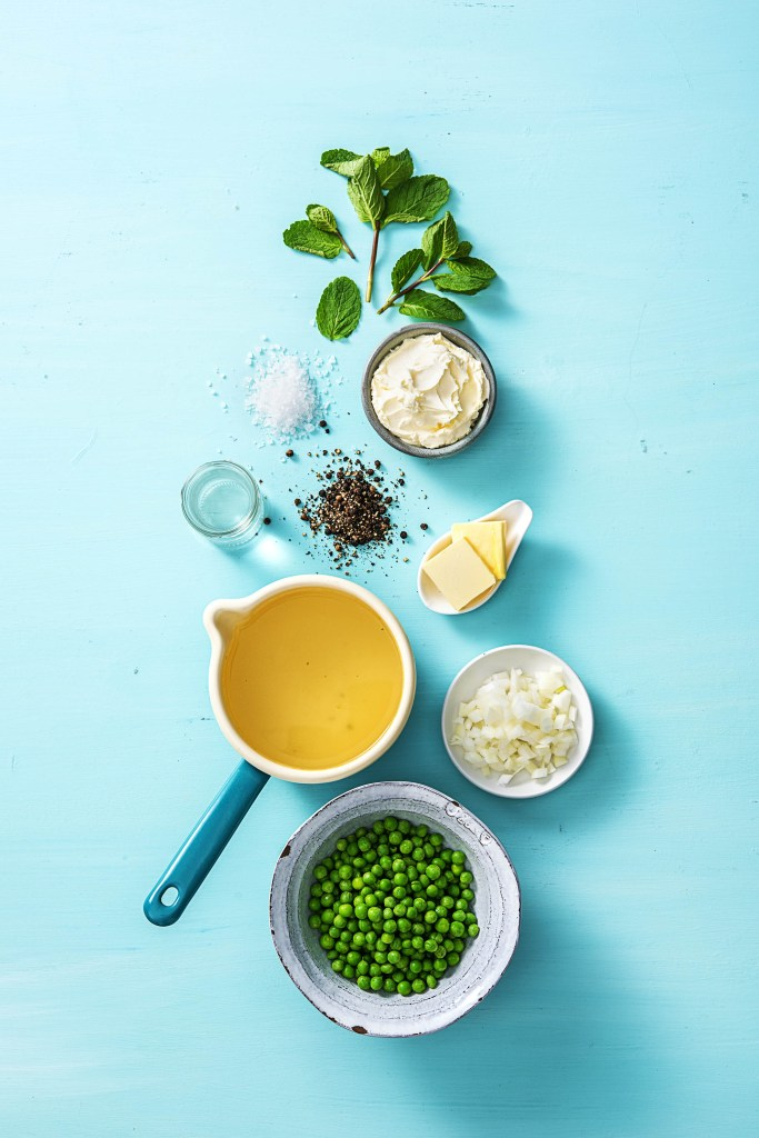 spring-summer soups-recipes-HelloFresh-pea-soup-mint