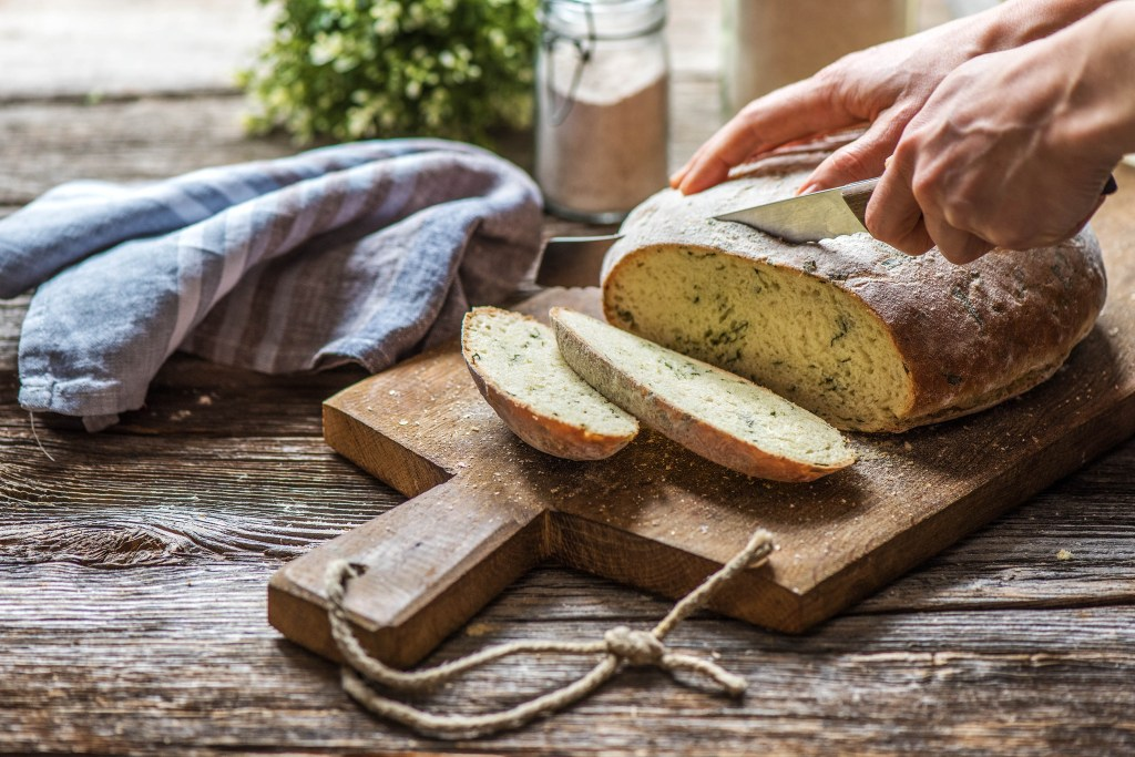 cooking hacks-HelloFresh-bread-fresh