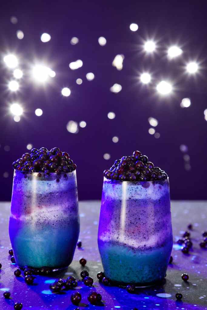 How to Throw a Space-Themed Party