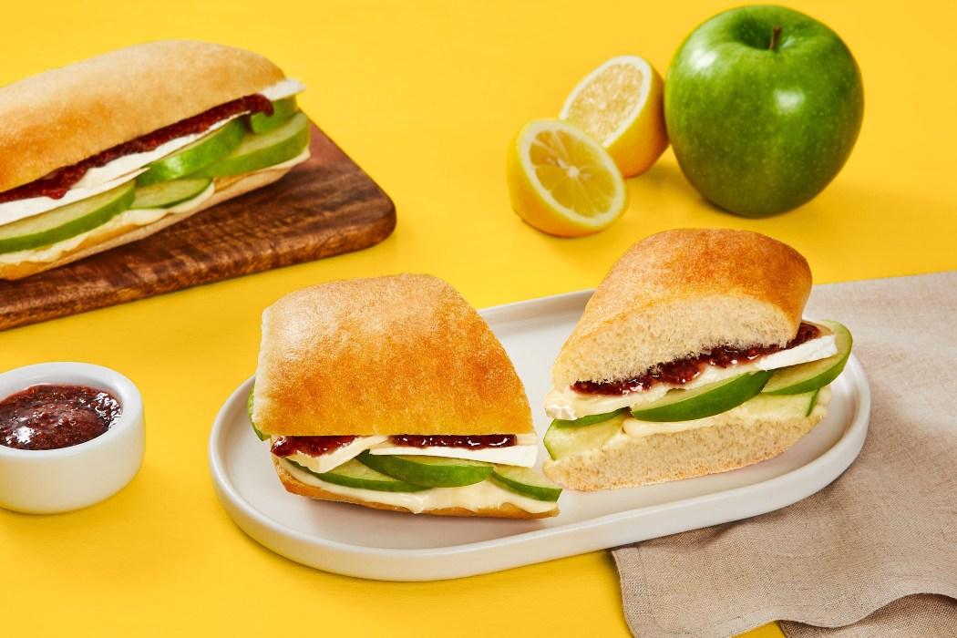 ready set lunch apple brie sandwich
