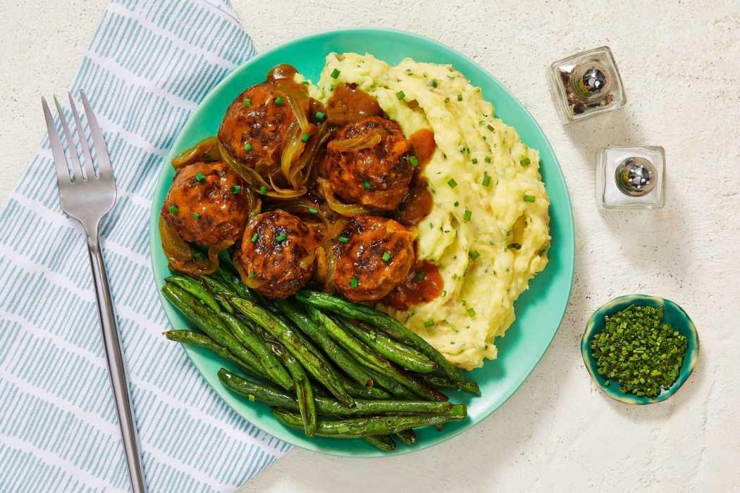 comfort foods gravy smothered meatballs