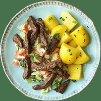 Rindergeschnetzeltes und Salzkartoffeln