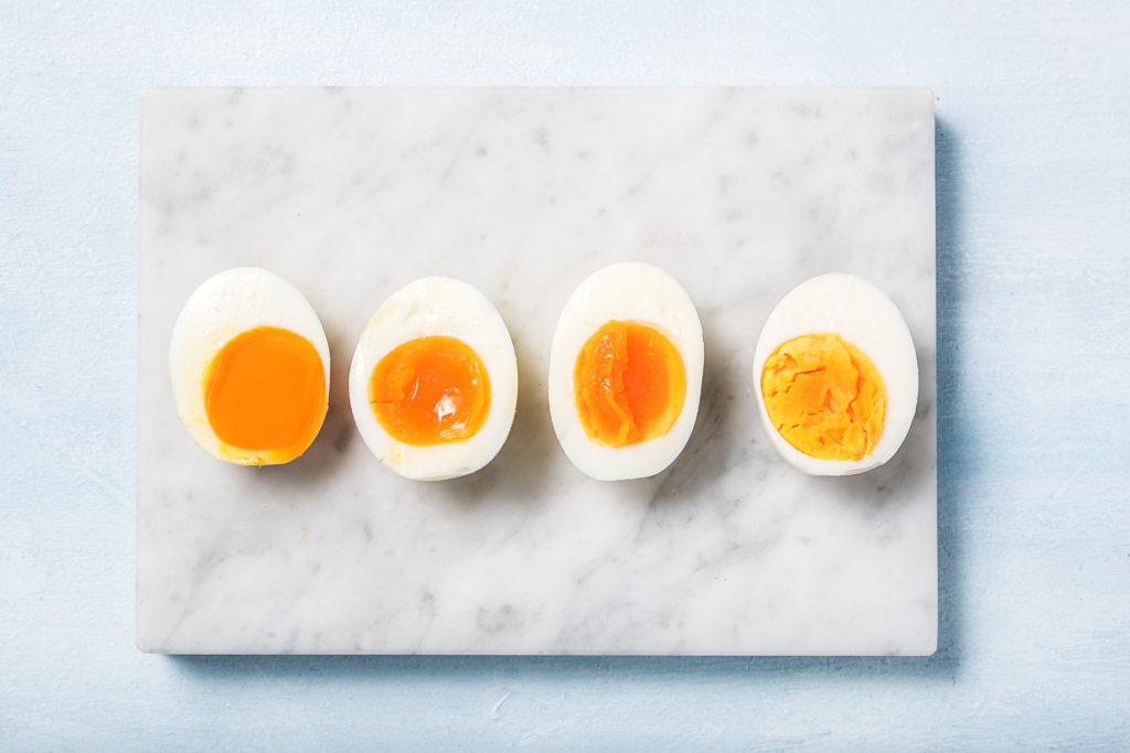 Unterschiedlich gare Eier