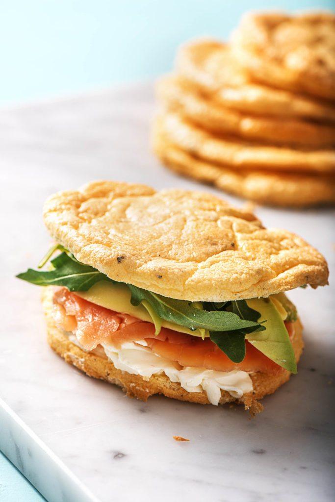Lachs-Avocado-Cloud Bread