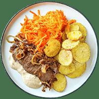 Zwiebelrostbraten mit Karottensalat