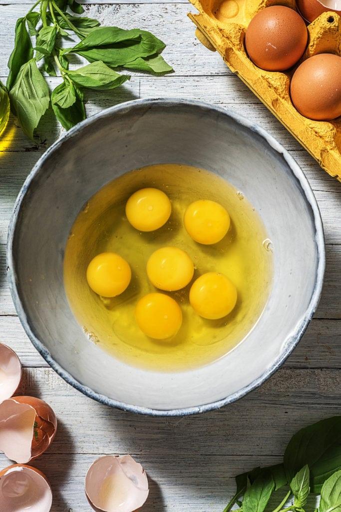 Schritt 4: Eier verquirlen