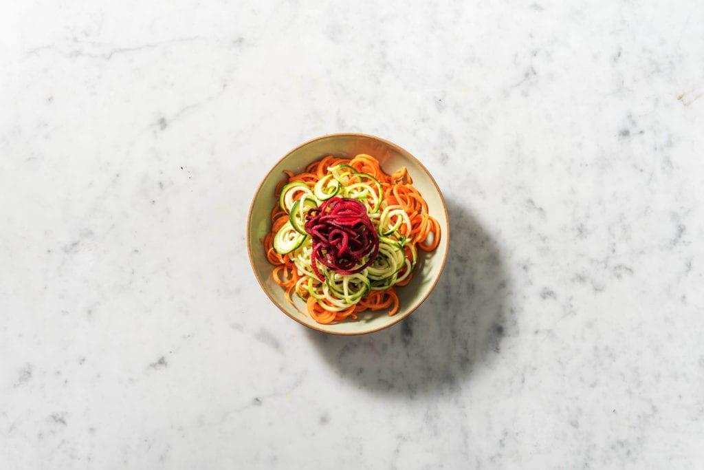 Low Carb Nudeln aus Zucchini, Möhren und Rote Bete