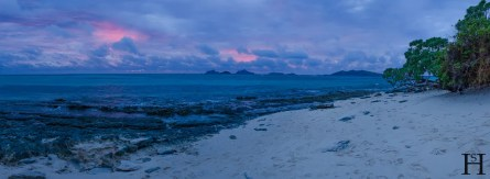 20120722-180256-Fidschi-Mana-Island-Sonnenuntergang-Sunset-Beach-Weltreise-_DSC0071-_DSC0084_14_images_pano