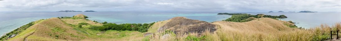20120724-103822-Fidschi-Hügel-Mana-Island-Weltreise-_DSC0223-_DSC0237_15_images_pano